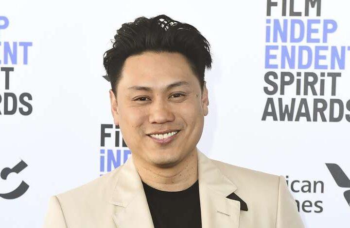 'Crazy Rich Asians' Filmmaker Jon M. Chu To Direct 'The Great Chinese Art Heist'
